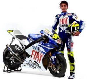 13119_yamaha_unveil_new_fiat_team_colours_in_milan