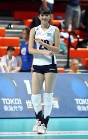 atlet-voli-kazakhstan-sabina-altynbekova-jadi-idola-baru-di-media-sosial-3